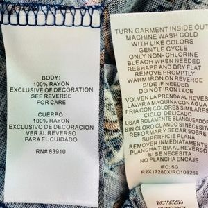 RXB Tops - RXB Shirt Large Floral Sleeveless Tunic Keyhole